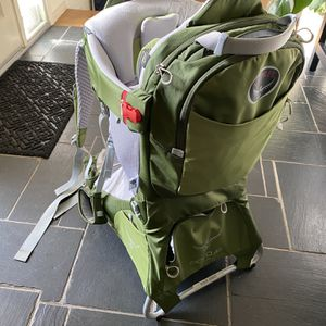 Osprey Poco AG Plus Child Carrier for Sale in Lakewood, WA