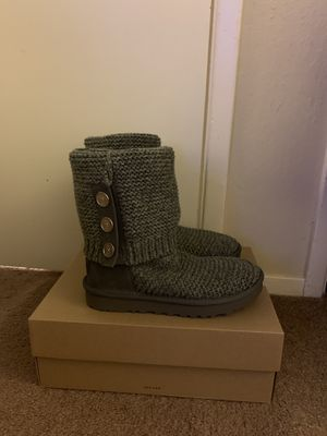 100% Authentic Brand New in Box UGG Cardy Knit Boots / Women Size 6 and women size 7 / Color Grey for Sale in Walnut Creek, CA