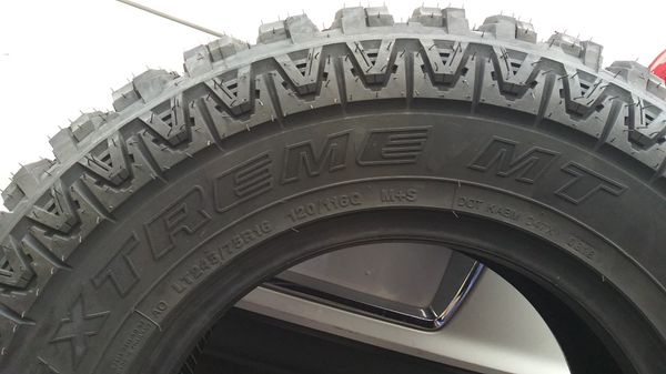 Brand new LT 245 75 R16 extreme MT Mud claws only one