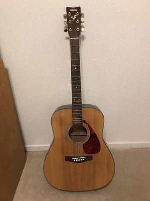 yamaha acoustic guitar for Sale in Visalia, CA
