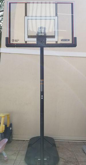 Lifetime shatterproof basketball hoop for Sale in Miramar, FL