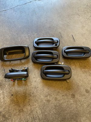 Door and tailgate handles off 2006 GMC truck. for Sale in Battle Ground, WA
