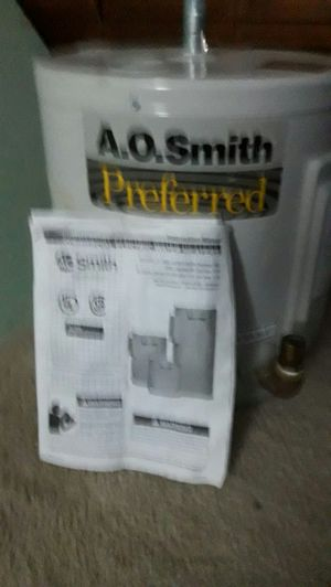 A O Smith Del 6 102 water heater with expansion tank for Sale in Lakewood, WA