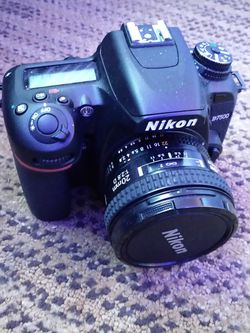 Nikon D7500 for Sale in St. Louis,  MO