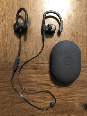 Beats wireless headphones for Sale in Puyallup, WA