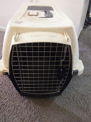 Kennel / crate for cats or small dog, used. $15 for Sale in Las Vegas, NV