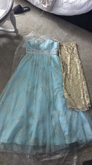 ITEM ON HOLD!! The perfect prom dress. for Sale in Herndon, VA
