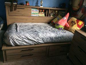 Twin 3 piece bedroom set for Sale in Salinas, CA