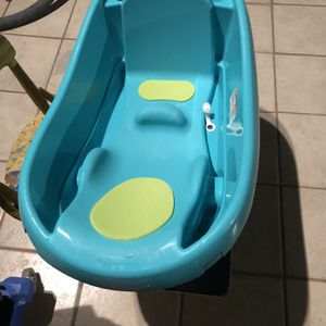 Toddler Bath Tub for Sale in Los Angeles, CA