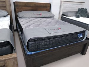 New Queen Bed Frame for Sale in Kansas City, MO