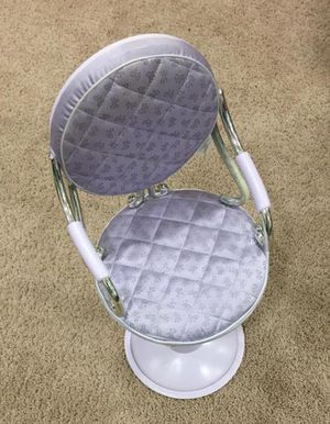 Doll's beauty salon chair for Sale in Prior Lake, MN