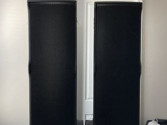 RCF TTL6A COLUMN ARRAY 3-WAY POWERED PA SPEAKERS for Sale in Phoenix,  AZ