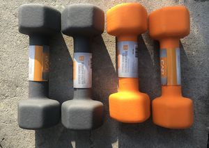 8 and 10 pound Hex Rubber Coates dumbbells for Sale in Brandon, FL