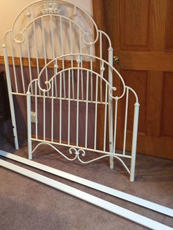 Girls Twin Bed frame for Sale in Seattle,  WA
