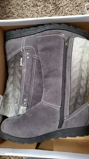 Mukluks grey suede and knit boots for Sale in Midvale, UT