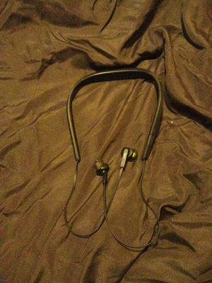 Bluetooth headphones for Sale in Magna, UT