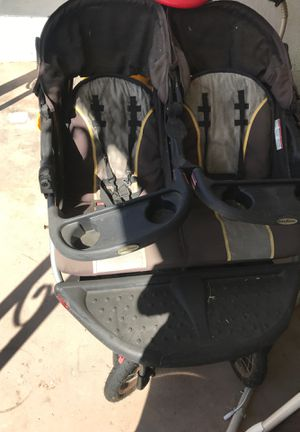Double stroller for Sale in Lakewood, CA