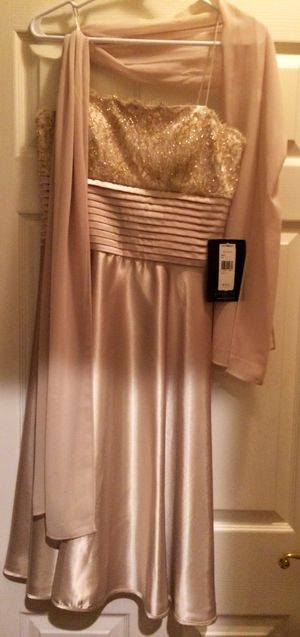 Champagne dress and shawl brand NEW for Sale in Germantown, MD