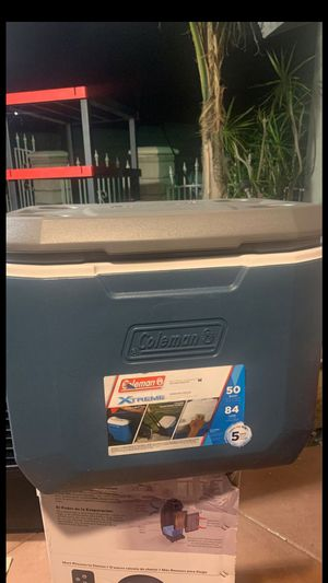 Coleman xtreme cooler for Sale in Fontana, CA