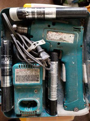 Makita 3/8 cordless drill for Sale in Chicago, IL