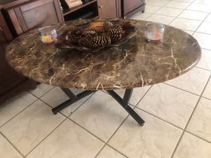 Coffee and end tables set for Sale in El Mirage, AZ