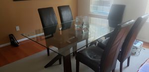 Glass Top Dining Table for Sale in Fort Washington, MD