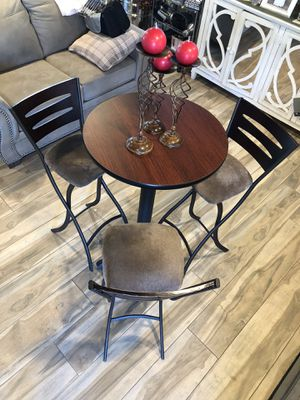 Table and bag stools for Sale in Santa Ana, CA