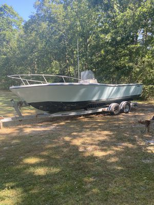 1980 mako 25.5 ft project boat for Sale in Egg Harbor Township, NJ