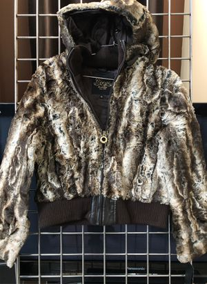 Coogi fur Ladies Jacket for Sale in Naperville, IL