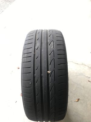 Bridgestone 225/40/19 used $40 for Sale in Miramar, FL