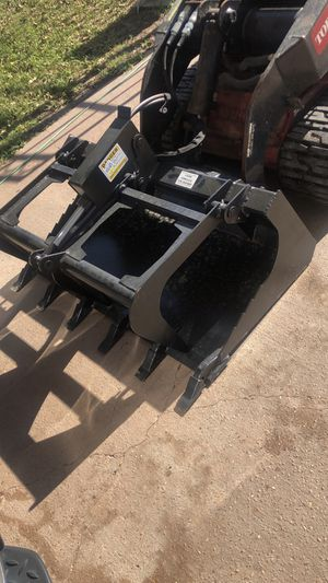 Grapple bucket 42 inch for mini skid steer for Sale in South Houston, TX