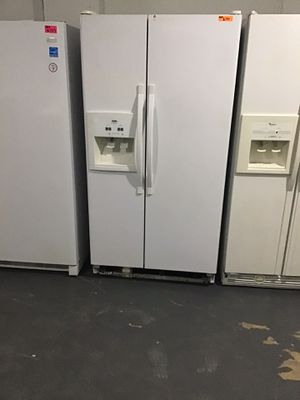 Inglis side by side refrigerator for Sale in Lexington, NC