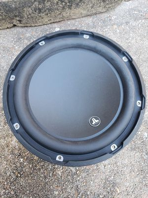 JL Audio 10w3v3-2 comes with grill for Sale in Houston, TX