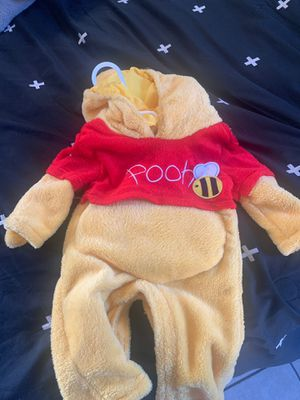 Pooh costume for Sale in San Diego, CA