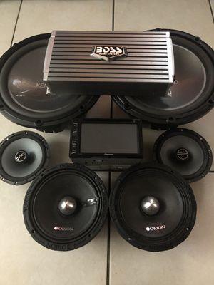 "Kenwood 12"" loud speakers 1200 watts max,Orion 8"" midrange loud speakers 1600 watts max, Alpine 200 watts speakers a pioneer touchscreen radio 7"" and for Sale in Miramar, FL"