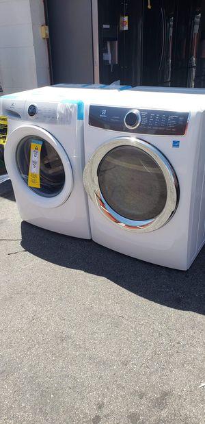 SET ELECTROLUX for Sale in Artesia, CA