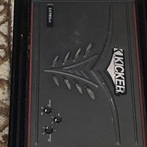 Kicker Amp Like New for Sale in Haines City, FL