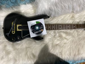 Guitar hero Xbox 360 for Sale in Los Angeles, CA
