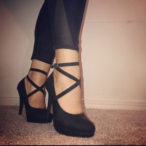 Laced Heels for Sale in OR, US