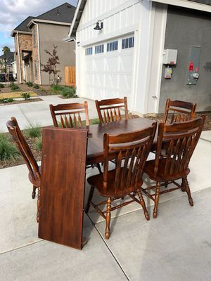 Wood table dining for Sale in Visalia, CA