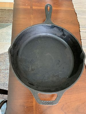 Lodge Cast Iron Skillet Pan for Sale in Adelphi, MD