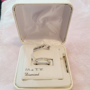 Solid White Gold With 1/4 CT In Real Diamonds for Sale in Phoenix, AZ