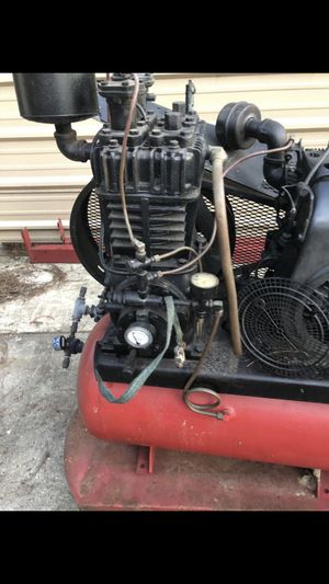 30 gallon air compressor for Sale in Houston, TX