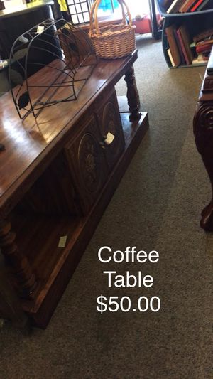 Coffee Table for Sale in Saint Robert, MO