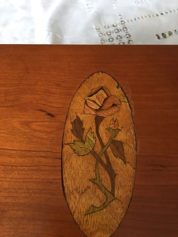 Stunning Cherry or Walnut Inlaid Box