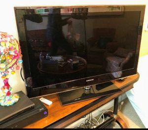 40 in Samsung TV flat $120 obo for Sale in Stockton, CA