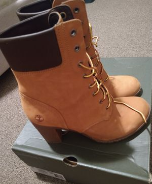 Timberland boots women for Sale in Westgate, NY