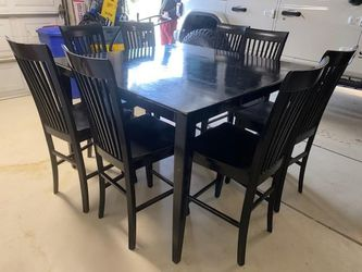 Black Dinning Table for Sale in Hesperia,  CA