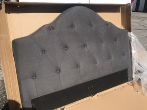 New FULL size platform bed frame grey for Sale in Columbus, OH