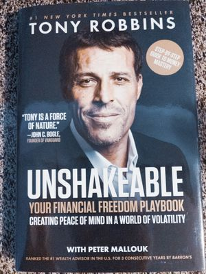 Tony Robbins Unshakeable Book for Sale in Corinth, TX